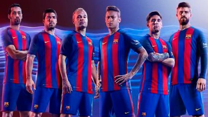 Barcellona, ecco le nuove maglie: non ci sono Mascherano e Dani Alves