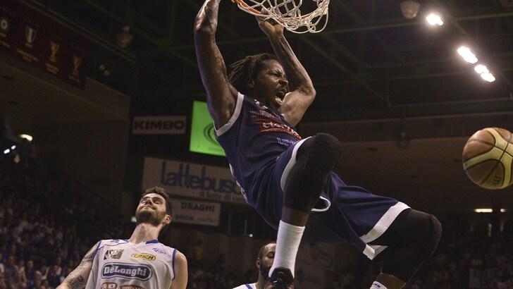 Basket A2, colpaccio a Treviso: Eternedile sull'1-0