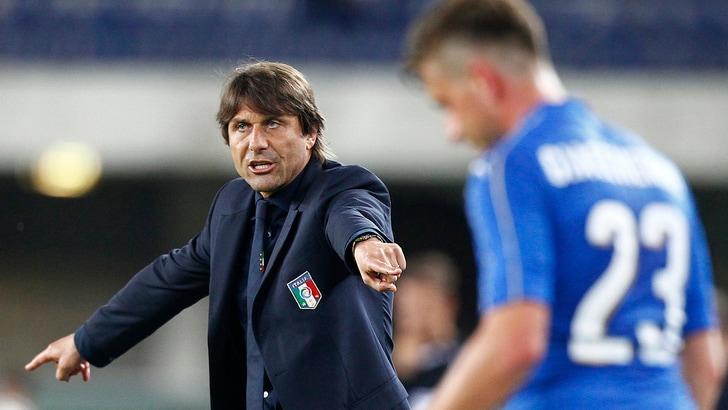 Italia, Conte: «Motta può migliorare. Agli attaccanti serve fortuna»