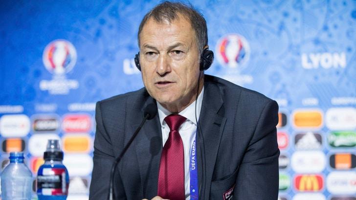 Euro 2016, De Biasi spera in Conte: «Una mano per la mia Albania»