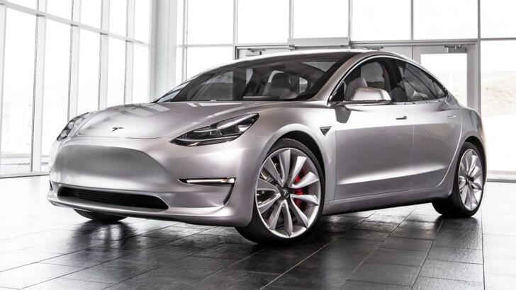 "Tesla compra Solar City e crea un impero ""elettrico"""