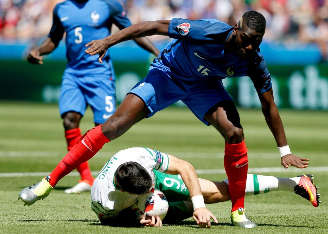 Euro 2016 Francia: Pogba e il fallo da rigore per l'Irlanda dopo 3 minuti