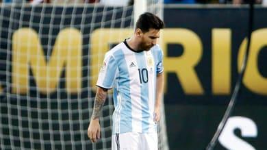Coppa America, in finale Argentina ko 4-2 ai rigori, Trionfa il Cile. Messi: «Addio alla nazionale»