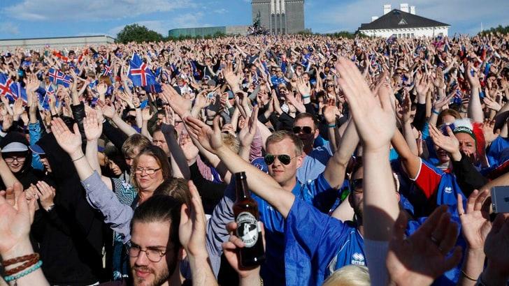 Islanda, festa a Reykjavik per il ritorno della nazionale