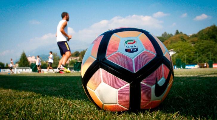 Oggi il calendario Serie A. Juve e Napoli subito