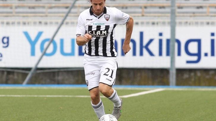 Calciomercato Ascoli, Cacia rimane per altri due anni