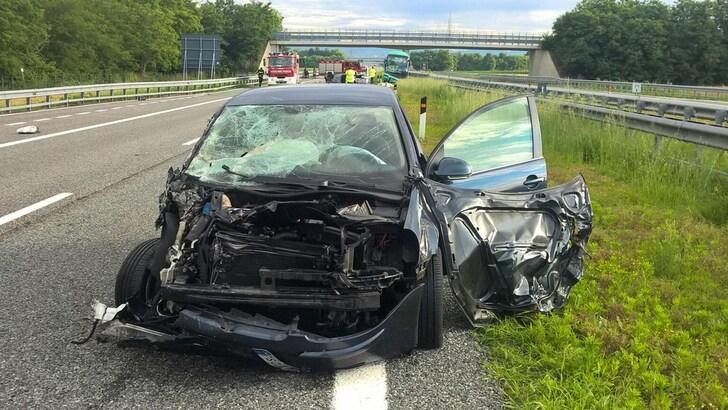 Incidenti in auto, la mortalità tra i giovani raddoppia d'estate