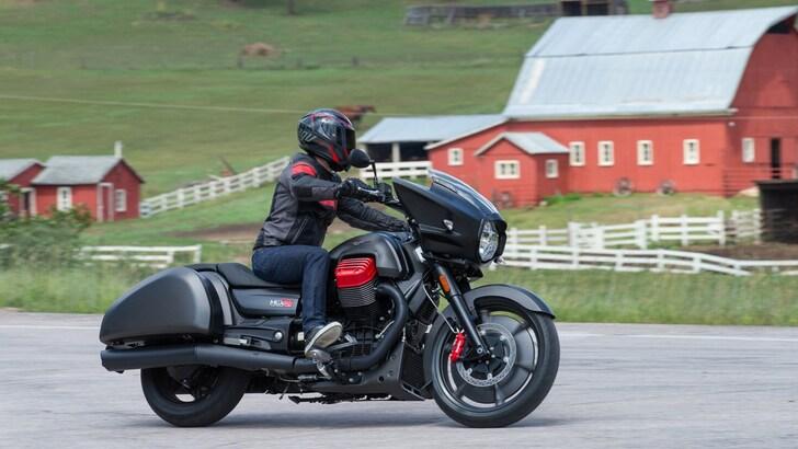 Moto Guzzi, la MGX-21 va alla conquista dell'America