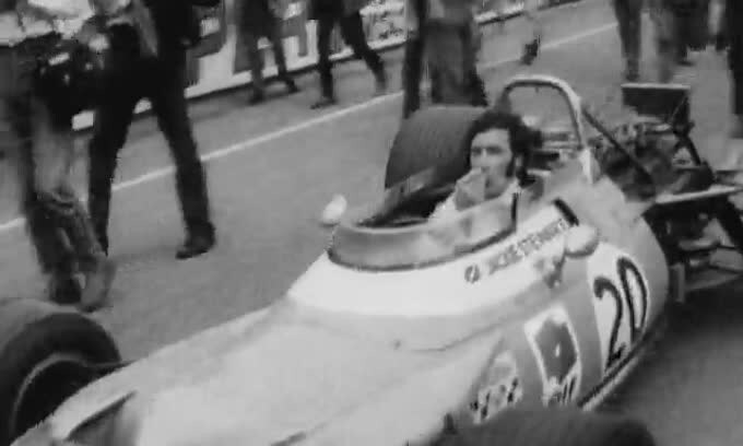 Jackie Stewart, se guidi non bere!