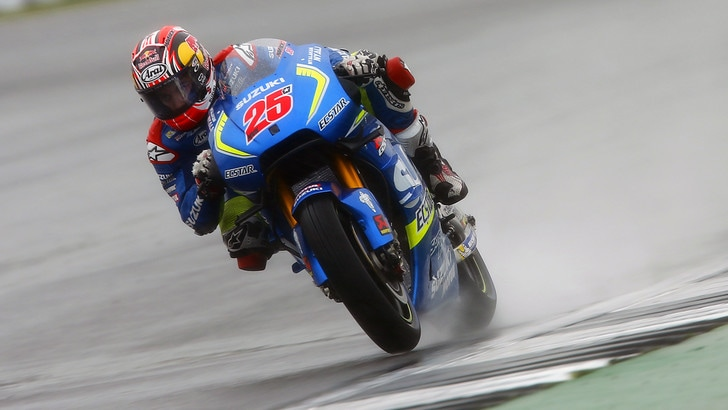 MotoGp Silverstone: Vinales vola, Rossi è terzo