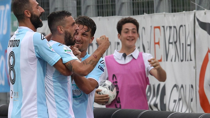 Serie B Entella batte Avellino 2-0: gol di Masucci e Caputo