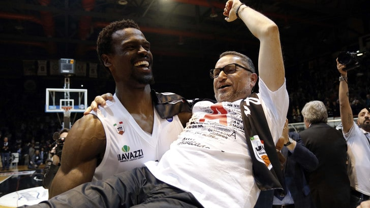 Basket Serie A, Caserta cambia padrone