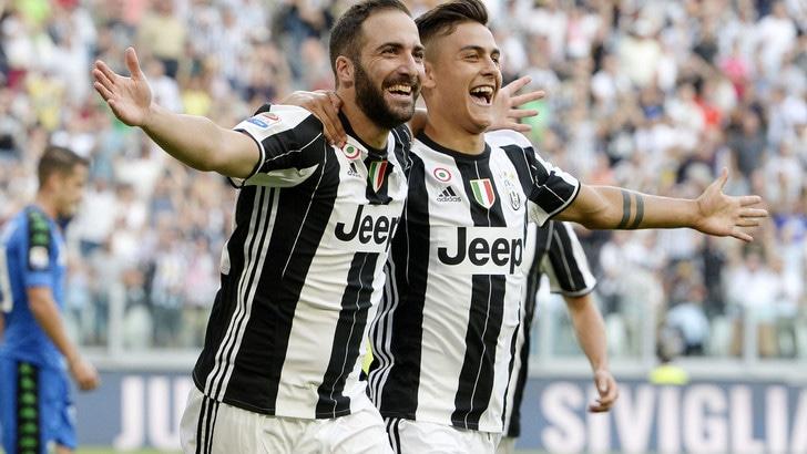 Juventus strepitosa: doppio Higuain più magico Pjanic, Sassuolo ko 3-1