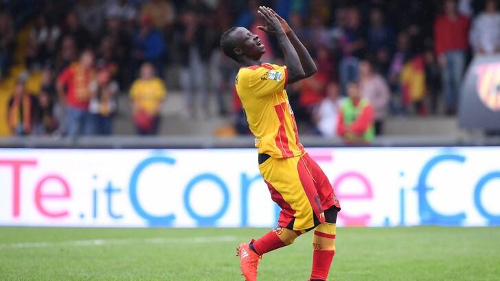 Serie B, Benevento penalizzato di 1 punto. Rischia il Latina