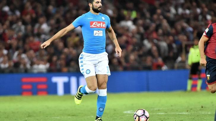 Gol Tunggal Raul Albiol Membawa Napoli Ke Babak Selanjutnya