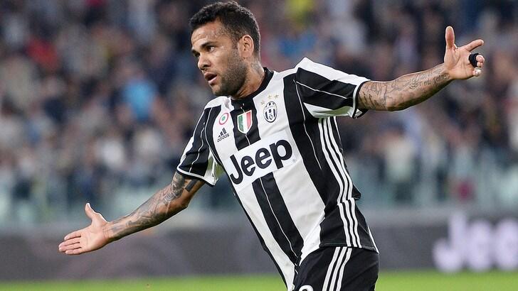 Juventus, a Palermo con Dani Alves per ispirare Higuain e Mandzukic