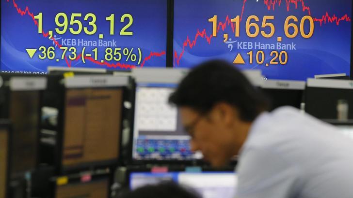 Cambi: euro stabile, giù yen dopo Opec