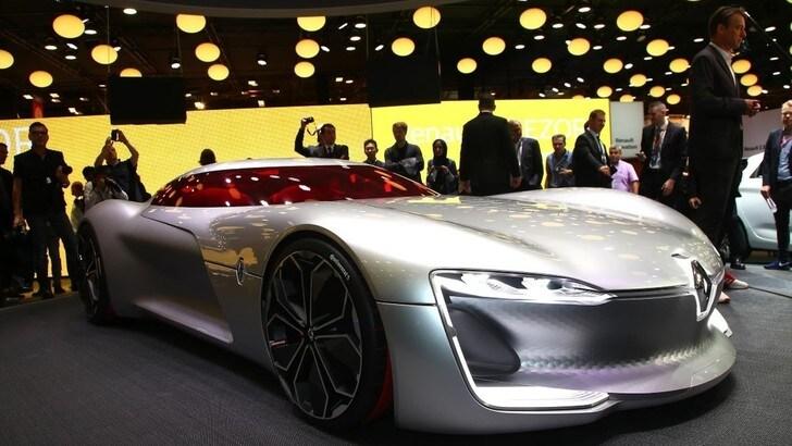 Renault Trezor, a Parigi debutta il concept elettrico