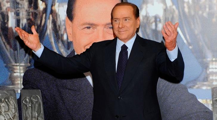 Flogosi e scompensi pressori, Berlusconi ricoverato in Usa. Salta il Ruby ter