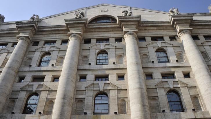 Borsa: Milano chiude in rialzo (+0,2%)