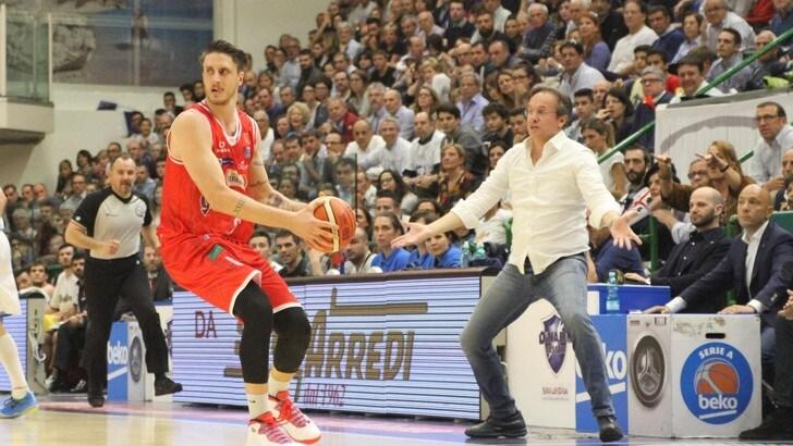 Basket, Serie A: Reggio Emilia si riscatta, Sassari battuta
