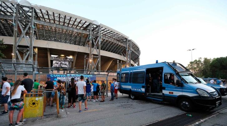 Napoli-Roma ad alta tensione: gara senza i tifosi ospiti