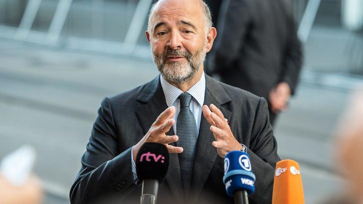 Moscovici, non pensiamo a deficit a 2,4%