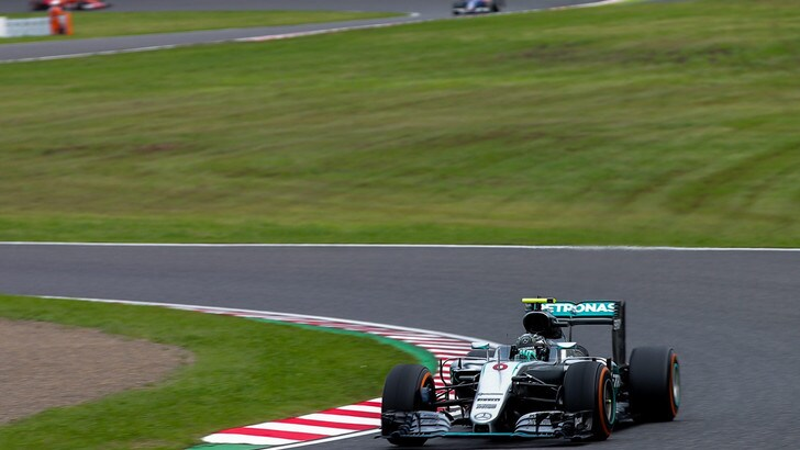 F1, Giappone: reclamo Mercedes contro manovra Verstappen