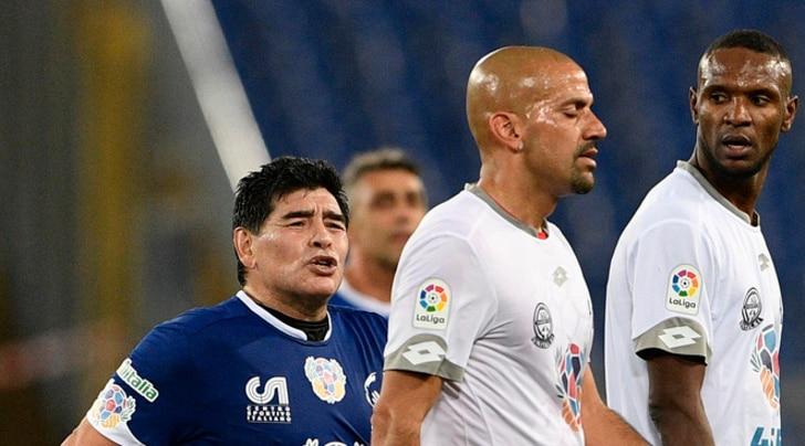 Partita per la Pace, Maradona regala spettacolo, poi litiga con Veron