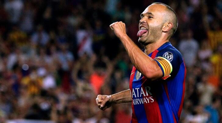 Calciomercato, dalla Spagna: «Barcellona, contratto a vita per Iniesta»