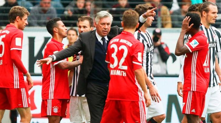 Bundesliga, Eintracht Francoforte-Bayern Monaco 2-2: passo falso per Ancelotti
