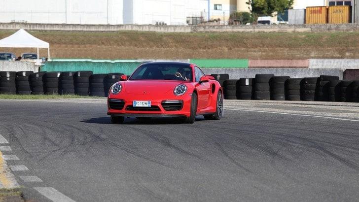 Porsche 911 Turbo, la prova tripla – la supercar per tutti i giorni