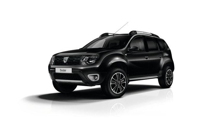 Dacia Duster diventa una Lady in Nero
