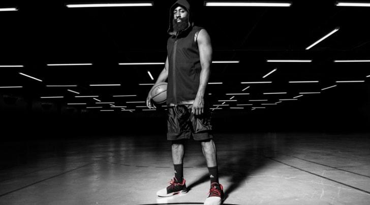 NBA. James Harden lancia la sua scarpa firmata adidas