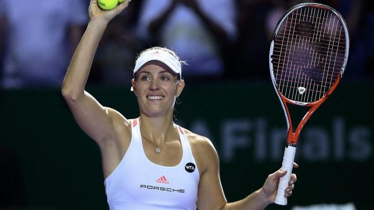 Tennis, Wta Finals: Kerber in finale contro la Cimulkova