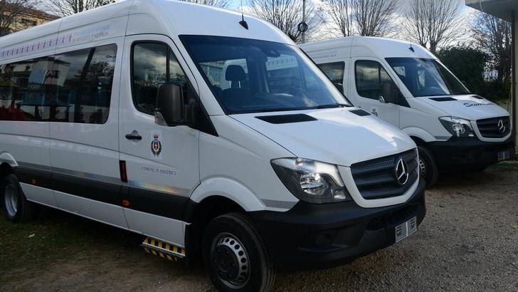 Mercedes dona un truck e due scuolabus ad Accumoli e Amatrice