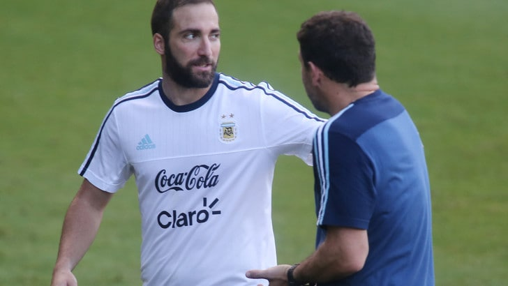 Bauza chiama Fazio con l'Argentina e conferma Higuain