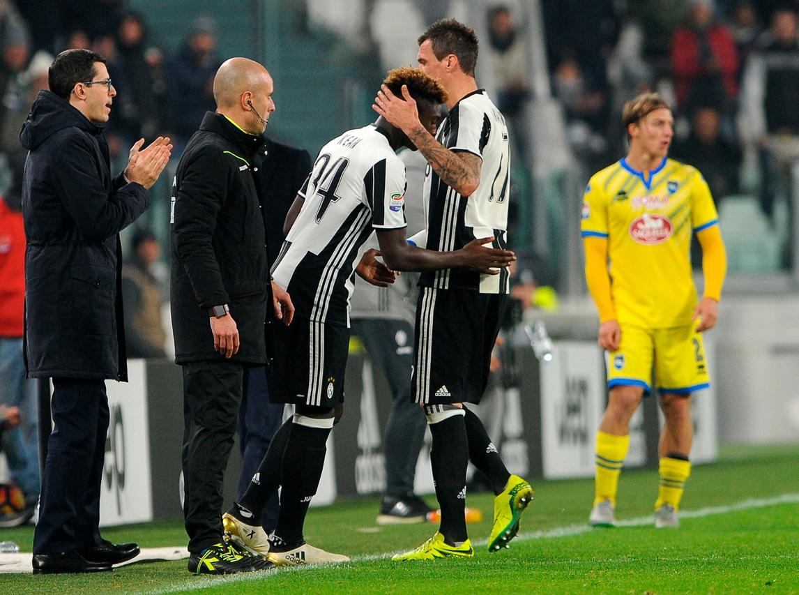 Juventus, entra il sedicenne Kean. E' il primo 2000 in serie A