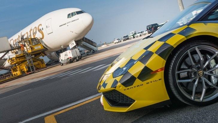 Automobili Lamborghini rinnova la collaborazione con l'Aeroporto G. Marconi di Bologna