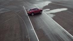 Inversione 180° alla cieca per la Nissan Juke