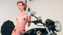 Barracuda: sexy calendario in edicola gratis con InMoto e Motosprint<br />