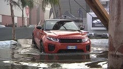 Jaguar-Land Rover, al Motor Show si guida inglese
