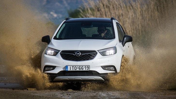 Opel Mokka X, la sicurezza delle quattro ruote motrici