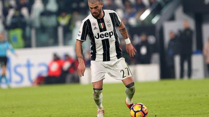 Juventus, forfait Buffon: in porta c'è Neto. Sturaro è favorito su Rincon