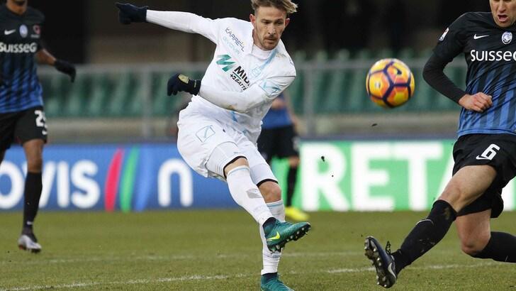 Bari, arriva in presto dal Chievo l'attaccante Floro Flores