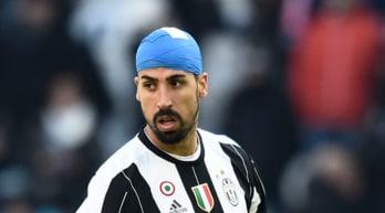La Juventus vince e Khedira si fa male: Dybala commenta così
