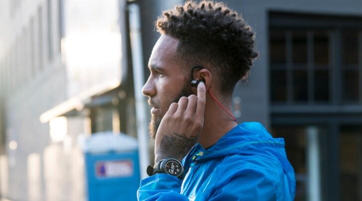 New Balance RunIQ, lo smartwatch dedicato ai runner