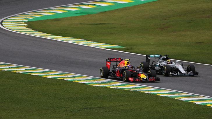 F1, nuove regole per favorire i sorpassi