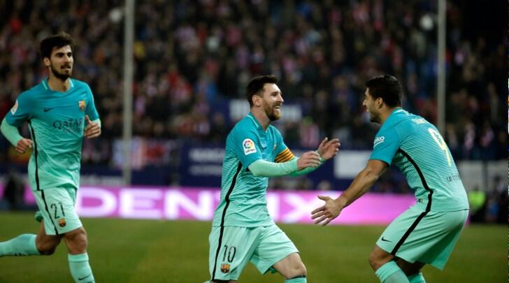 Coppa del Re, Atletico Madrid-Barcellona 1-2: Suarez-Messi, che gol!