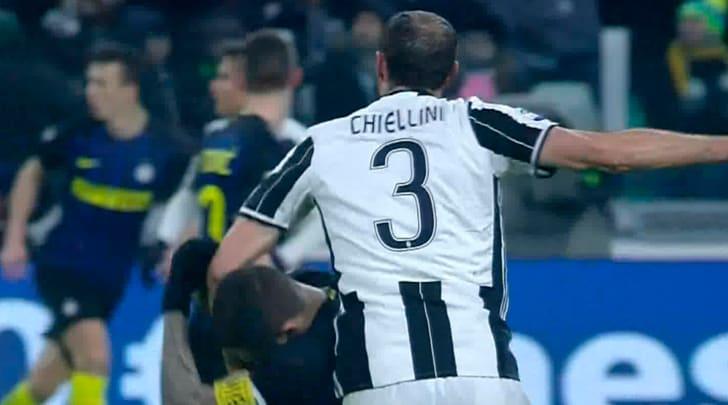 Juve-Inter, furia Pioli: «C'erano due rigori per noi»